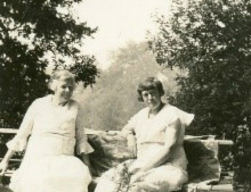 Martin Sisters: Sack of Photos Leads to Family Tale