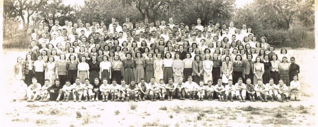 Students at Leslie Junior High School, 1939. WHC 2015.023.0001