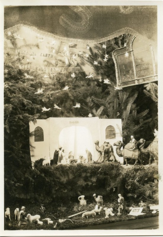 1928 Christmas display window of the Specialty Shop owned by Renska Swart. Photo Credit: WHC 1963.001.0064.001.83