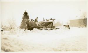 Bulldozing snow in Salem after the February 1937 snow storm. Photo Source: WHC 1986.057.0006.